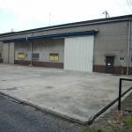 国道250線近くの大型倉庫物件です。