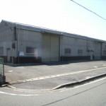 国道250号線近くの倉庫物件。