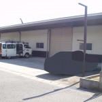 山陽電鉄本線八家駅南の大型事務所付倉庫物件。