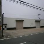姫路バイパス西インター近くの事務所付倉庫物件。
