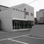 幹線道路沿いにある、広々とした戸建の店舗物件。