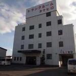 花田町にある、オートロック完備の倉庫物件。