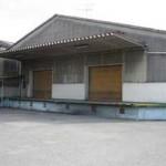 山電 西飾磨駅近く、2階建て一棟貸しの倉庫物件。