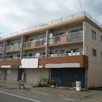 田寺、安室中学校前にある1階店舗物件。