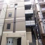 姫路駅近く、カウンター・イスが付いた居抜き店舗物件。