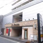 姫路駅近く、カウンター・イス等付いた居抜き店舗物件。
