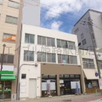 JR姫路駅目の前、エアコン付の使いやすい間取りの事務所物件。