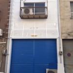 姫路駅すぐ、2階建ての店舗・事務所物件。