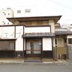 JR姫路駅徒歩圏内、設備が充実している店舗付住宅物件。