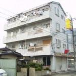 姫路駅より徒歩7分の店舗物件。