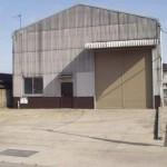 山電網干線 平松駅近く、事務室付の大型倉庫物件。