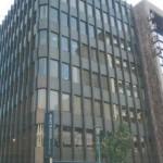 JR元町駅より南へ徒歩5分、広々とした事務所物件。