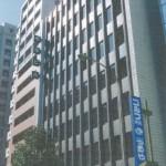 神戸ハーバーランド近く、栄町通沿いにある事務所物件。