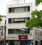JR姫路駅徒歩圏内、大手前通り沿いの事務所物件。