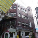 姫路駅より徒歩2分、栄通り商店街内の事務所物件。