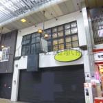 姫路駅より徒歩5分、みゆき通り商店街内の2階建店舗物件。