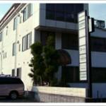 姫路市役所近く、1階角部屋の事務所物件。